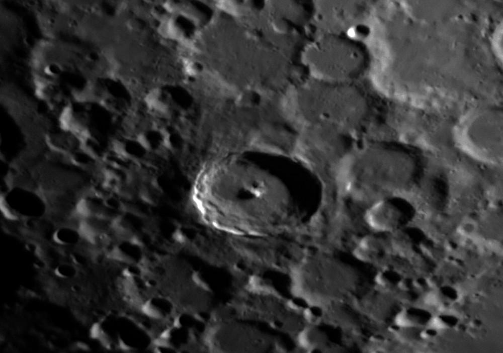 Moon_215234_AS_f100_g3_ap260-Tycho.jpg