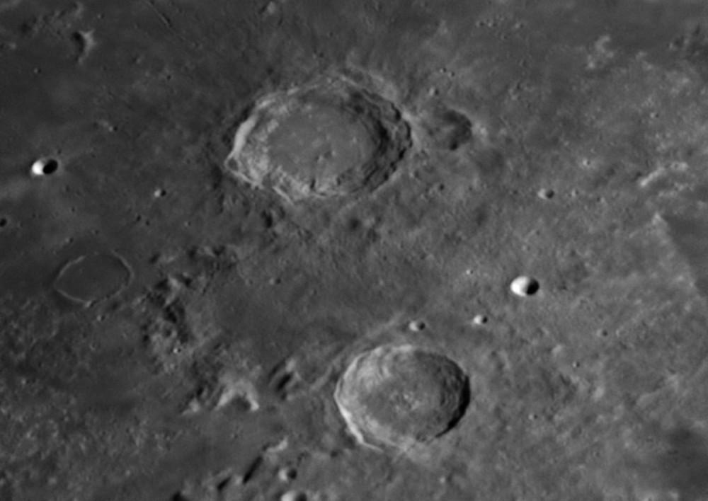 Moon_215916_AS_f100_g3_ap287-Aristoteles.jpg