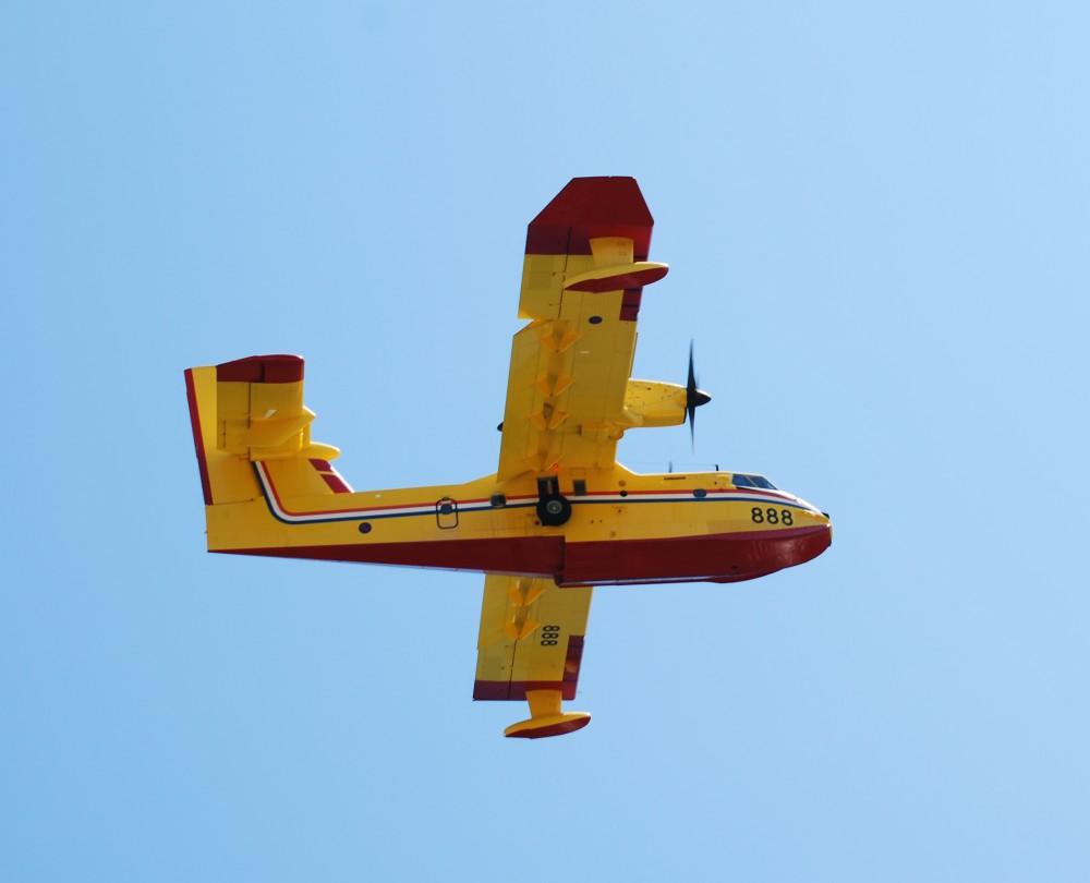 Canadair CL 415.jpg