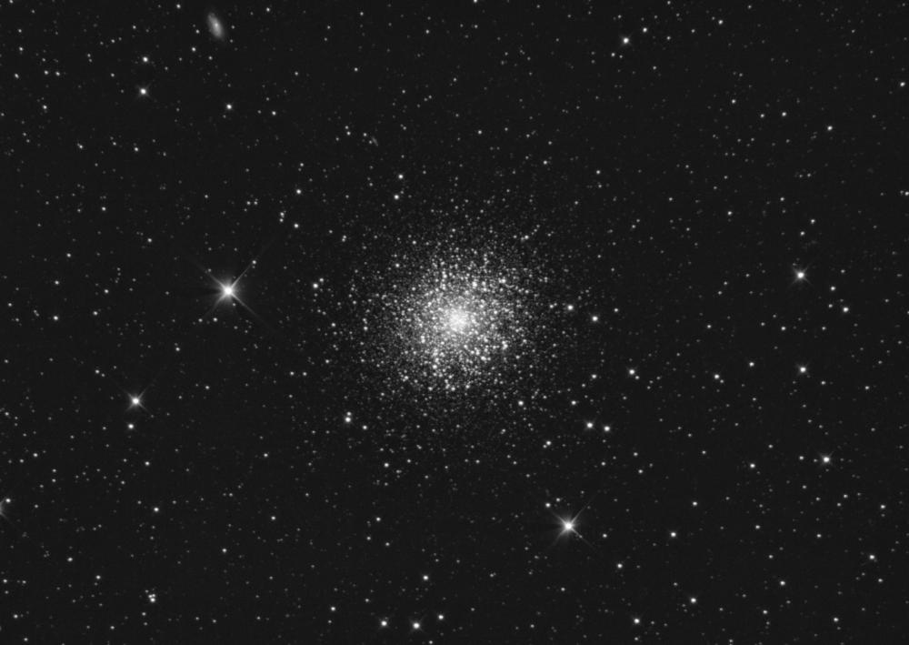 Messier13.thumb.png.1567d03eca8b7d832ea35d9467708efb.png