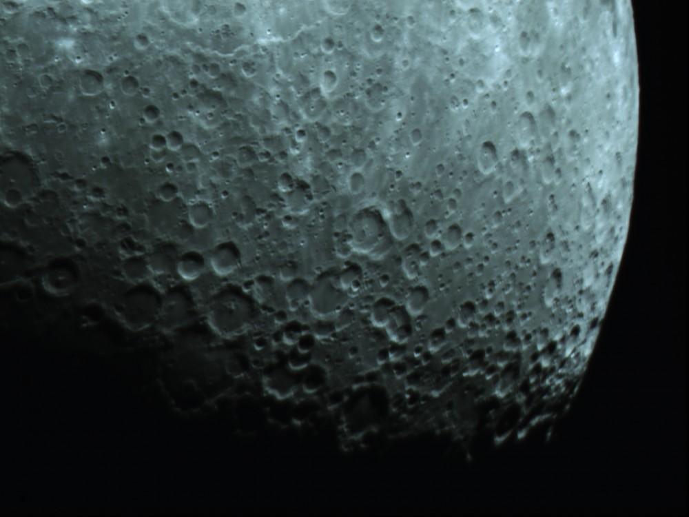 Moon_210953.thumb.jpg.8be317bd5768bd14ef38b75c1eb16509.jpg
