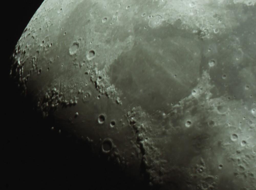 Moon_212121.thumb.jpg.fe317e99dbbda7d0e4472e4d513c71a4.jpg