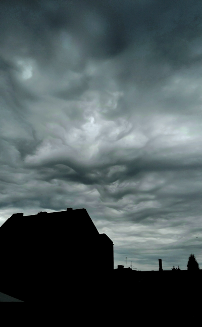 chmury.png