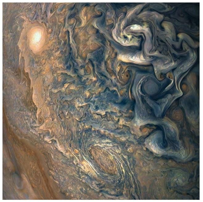Otrzymaliśmy kolejne niezwykłe zdjęcia Jowisza 3.jpg