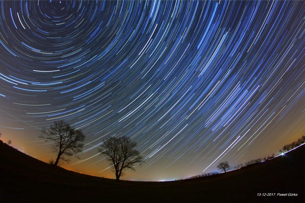 Star trails 93 kl.tif z darkami_9 fb.jpg