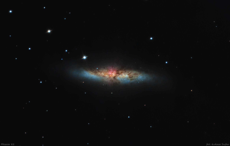 m82 color opis V2.jpg