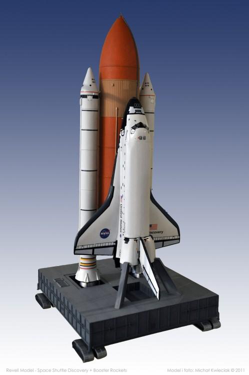 Space_Shuttle_Discovery_Booster_Rockets-maly.thumb.jpg.aea03fe90106d519afa2917d3851b339.jpg