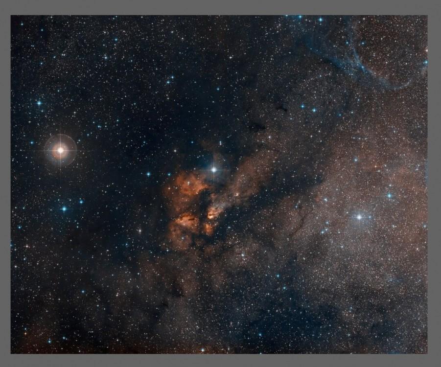 Kosmicznie barwny krajobraz RCW 38.3.jpg