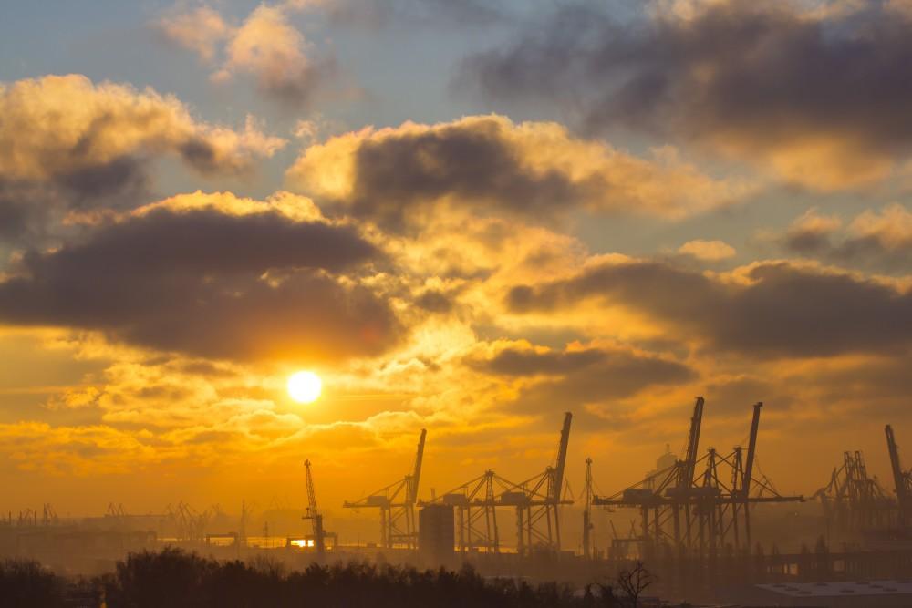 stocznia wschód słońca.jpg