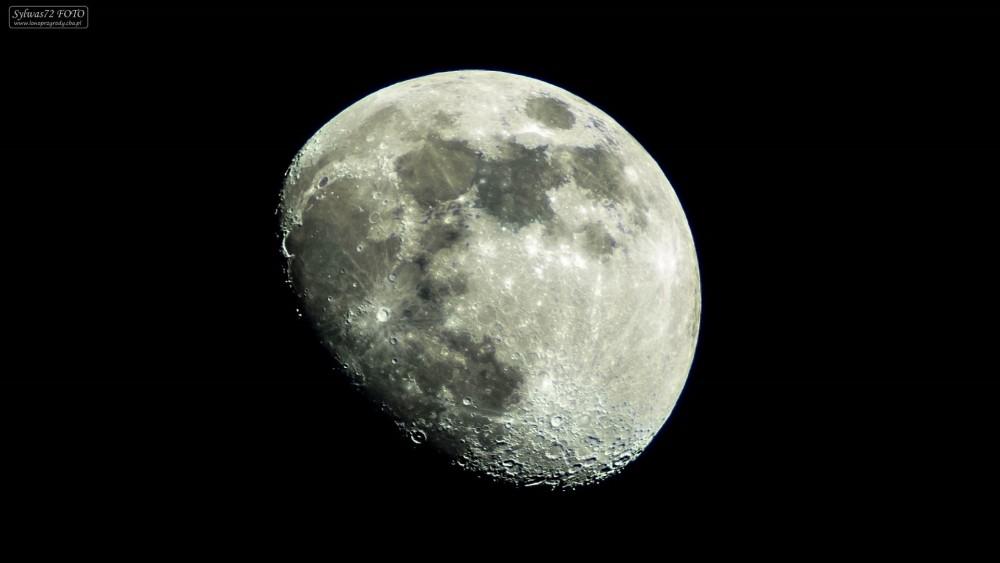 moon_201904151.thumb.jpg.21aa13cf2febb6cb03fe118a84131252.jpg