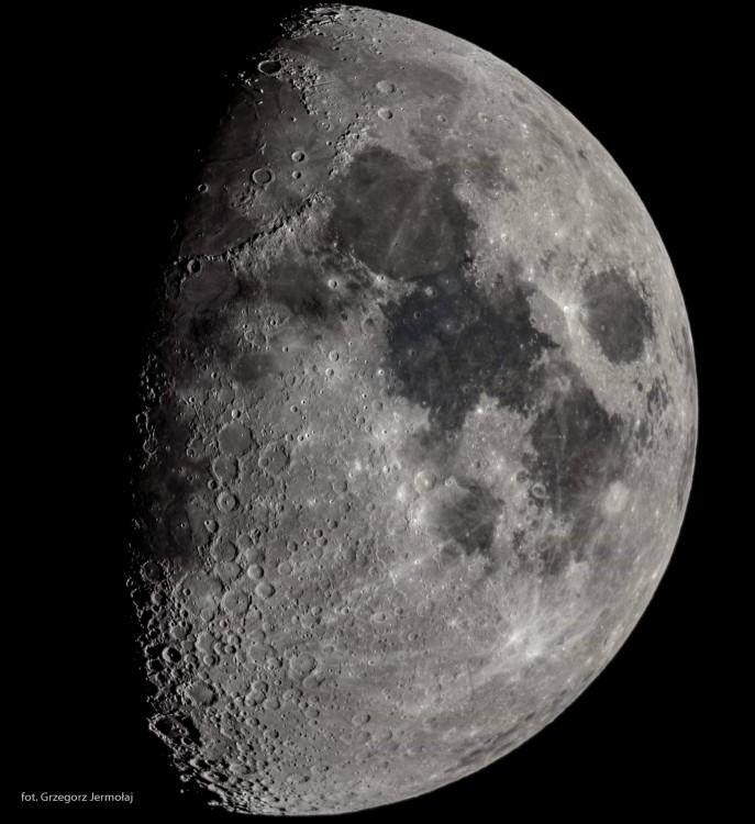 moon56.jpg