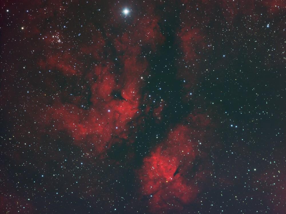 IC1318_02.jpg