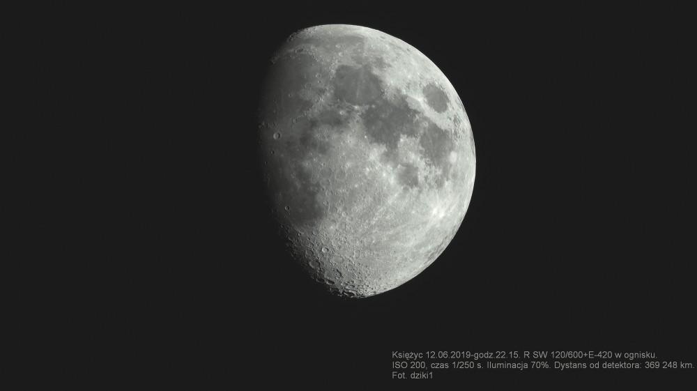 moon2501f.thumb.jpg.6a41be4b35659a44991ff14fb600926f.jpg