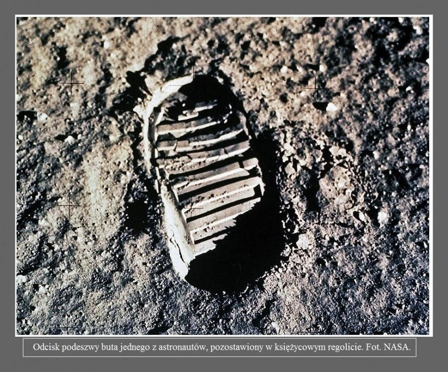 Pogoda na Księżycu jest zabójcza dla człowieka. Oto, dlaczego astronauci muszą mieć na sobie kombinezony2.jpg