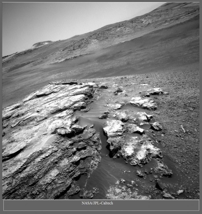 Łazik Curiosity wspina się coraz wyżej - 7 lat misji zdjęcia8.jpg