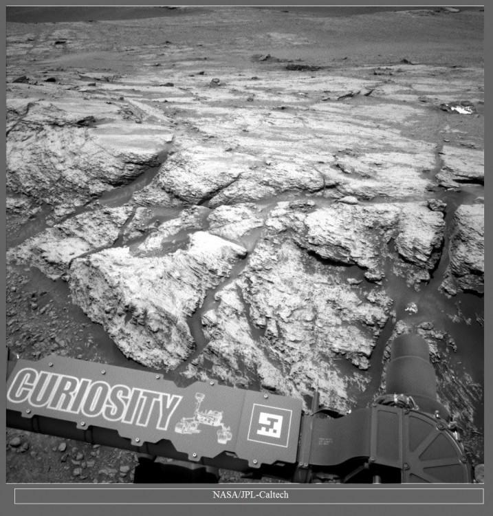 Łazik Curiosity wspina się coraz wyżej - 7 lat misji zdjęcia6.jpg