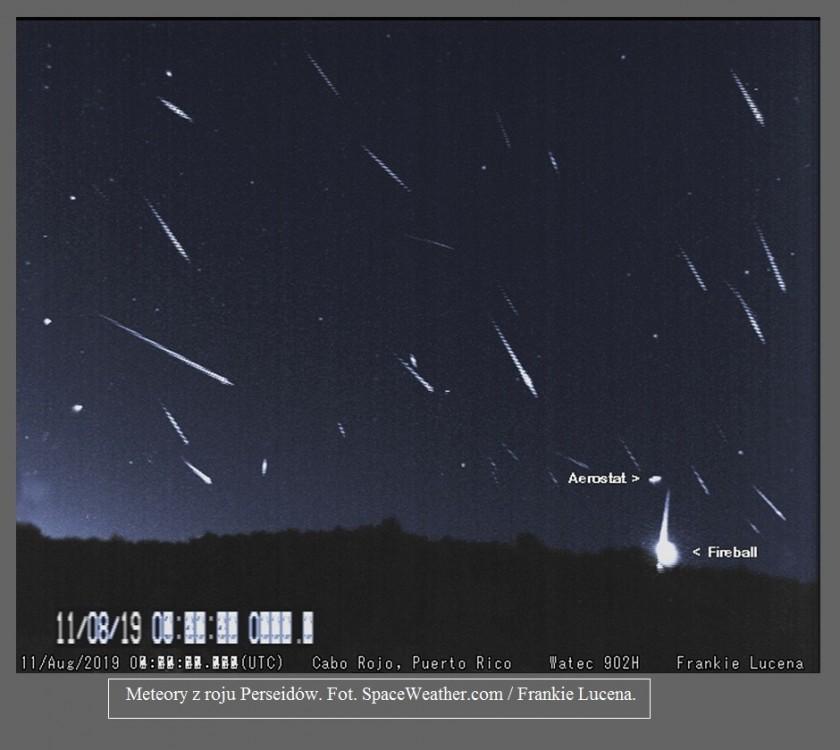 Nie widziałeś w nocy spadających gwiazd Zobacz meteory z roju Perseidów na świetnych zdjęciach2.jpg