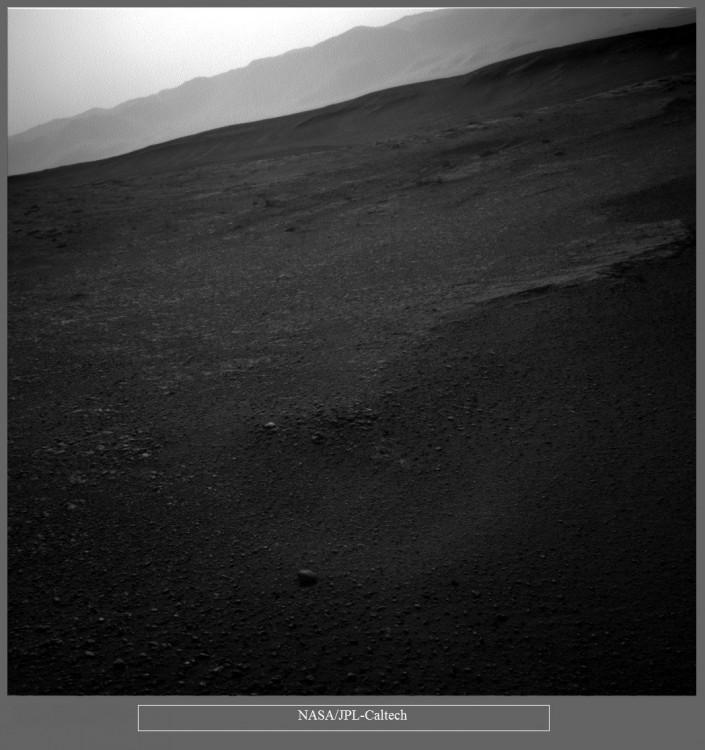 Łazik Curiosity wspina się coraz wyżej - 7 lat misji zdjęcia9.jpg