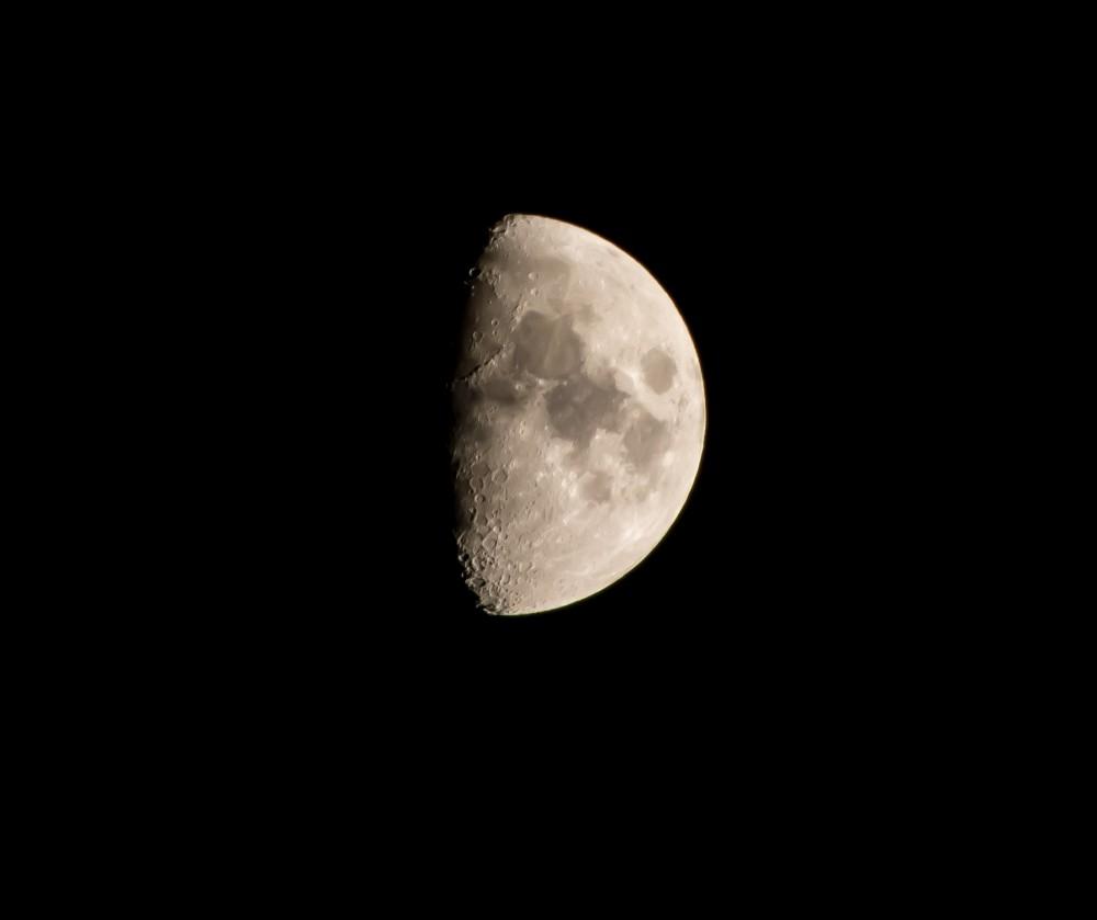 Księżyc 66%.jpg