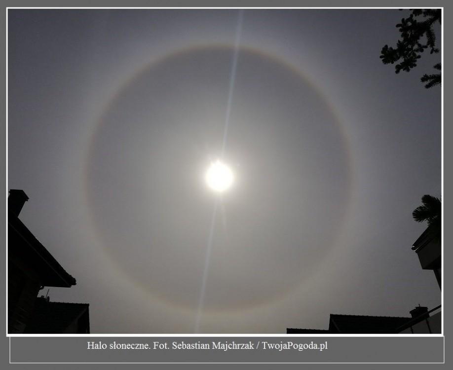 Fantastyczne zjawisko nad Polską. Wokół Słońca pojawił się tęczowy pierścień [ZDJĘCIA]3.jpg