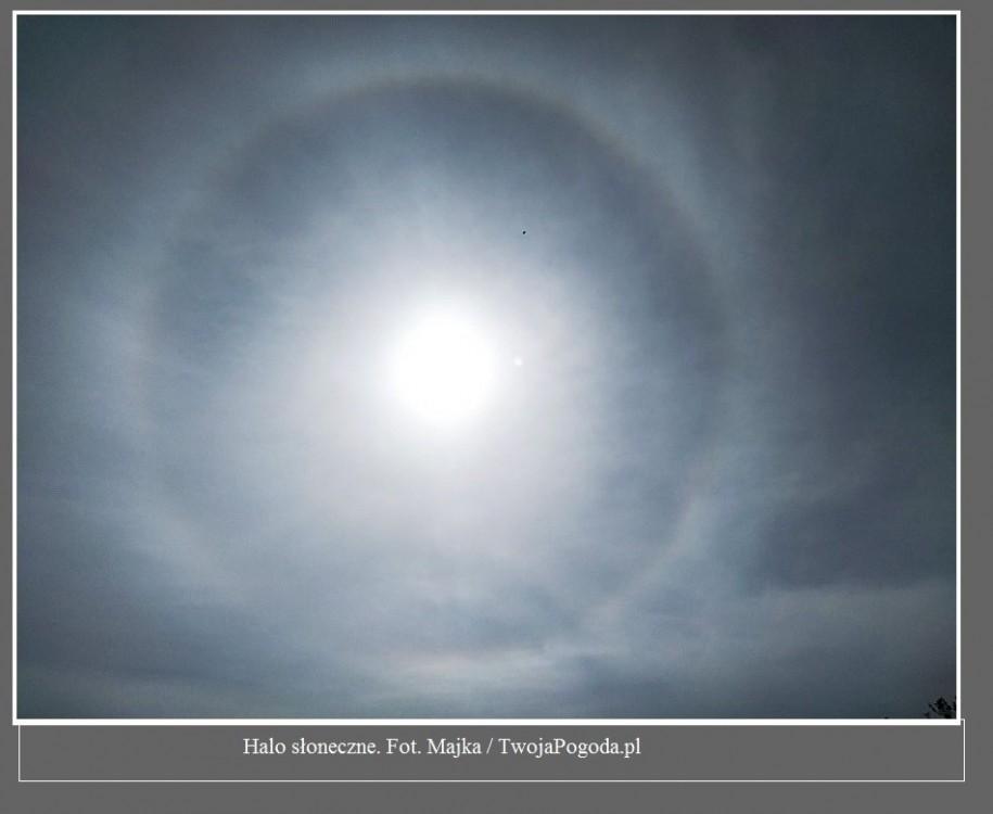 Fantastyczne zjawisko nad Polską. Wokół Słońca pojawił się tęczowy pierścień [ZDJĘCIA]5.jpg