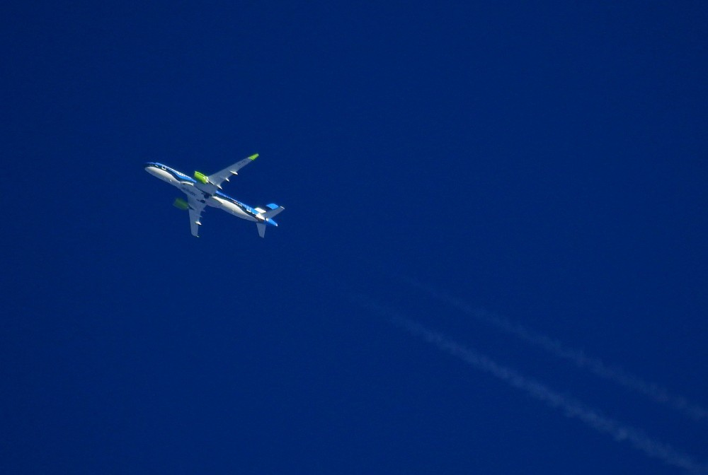 2020-07-22-06-08-BCS3_YL-CSJ_AirBaltic (3).JPG