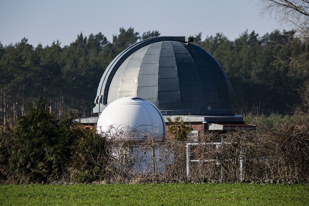 Obserwatorium w Niedźwiadach.jpg