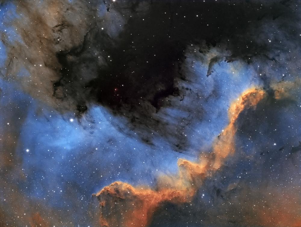 1412228923_NGC7000HST.thumb.jpg.0c0051f98129de5351f3c86e9fc7978c.jpg