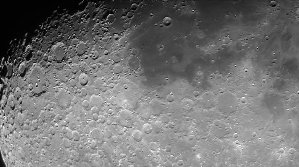 Moon_220802_ZWO ASI178MM_230321_lapl4_ap7142-ps.jpg
