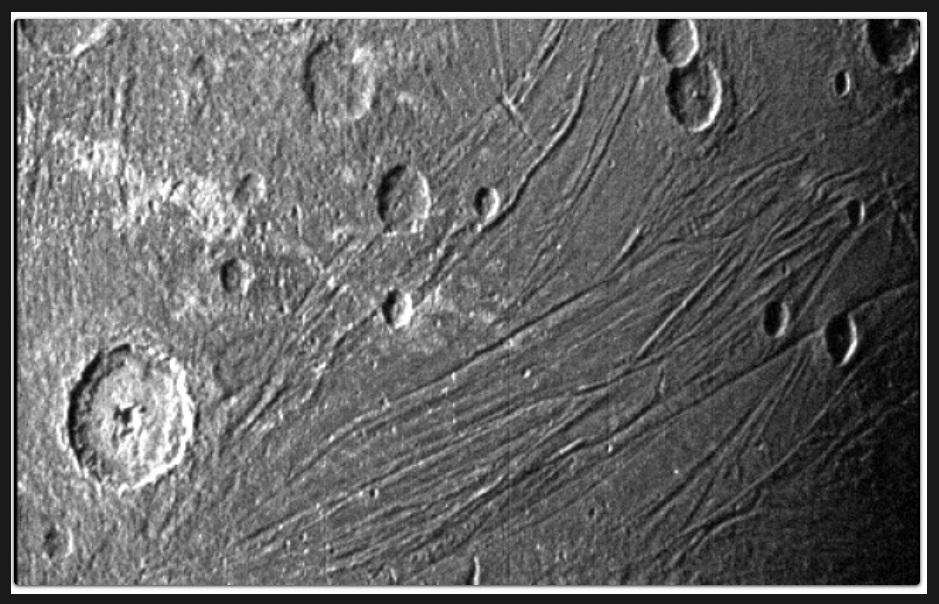 Ujawniono nowe zdjęcia największego ksieżyca Jowisza. Ostatnie pochodzą sprzed 20 lat.3.jpg