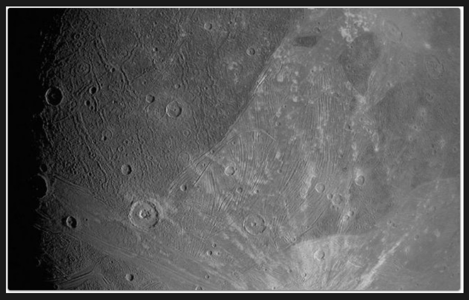 Ujawniono nowe zdjęcia największego ksieżyca Jowisza. Ostatnie pochodzą sprzed 20 lat2.jpg