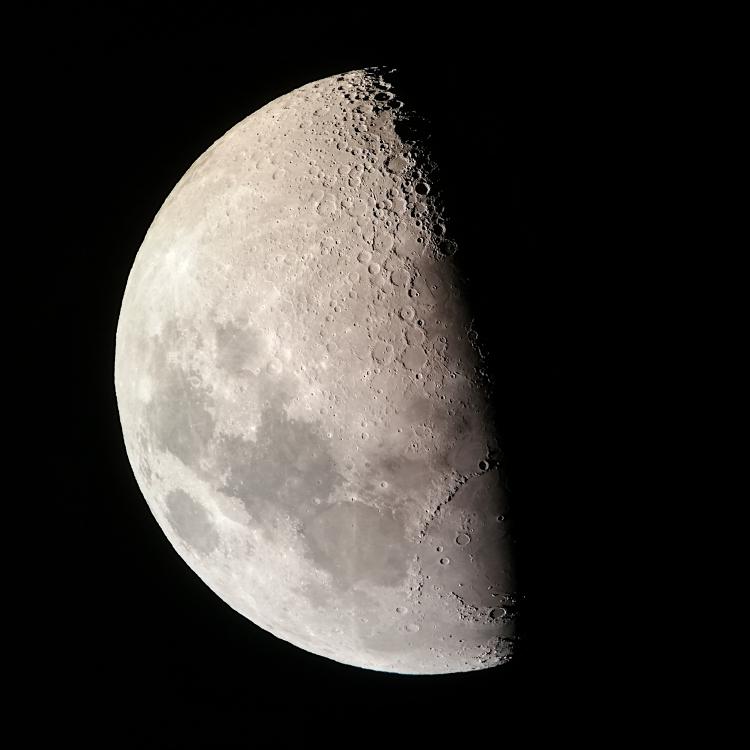 Moon_18062021.jpg