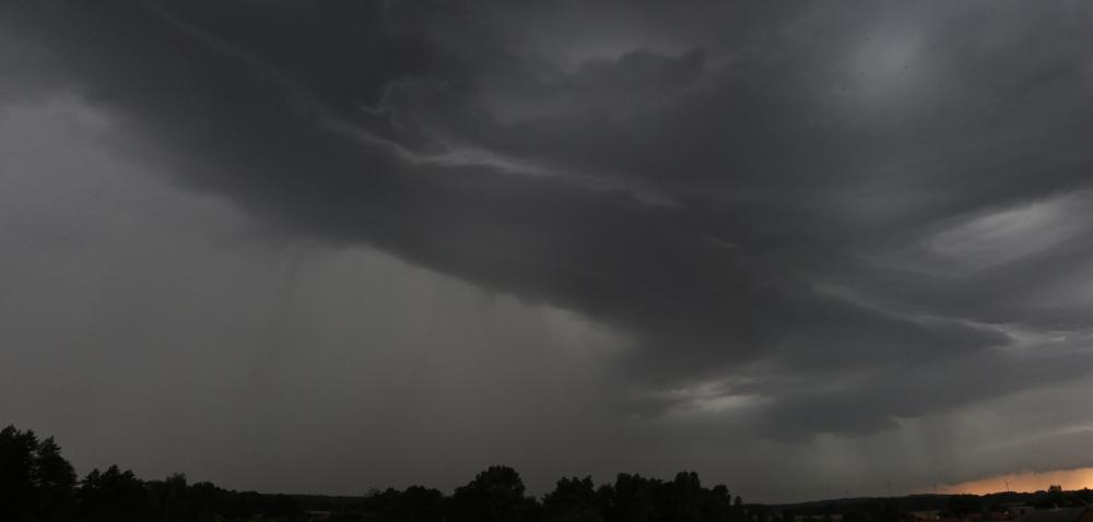 chmura 1.jpg