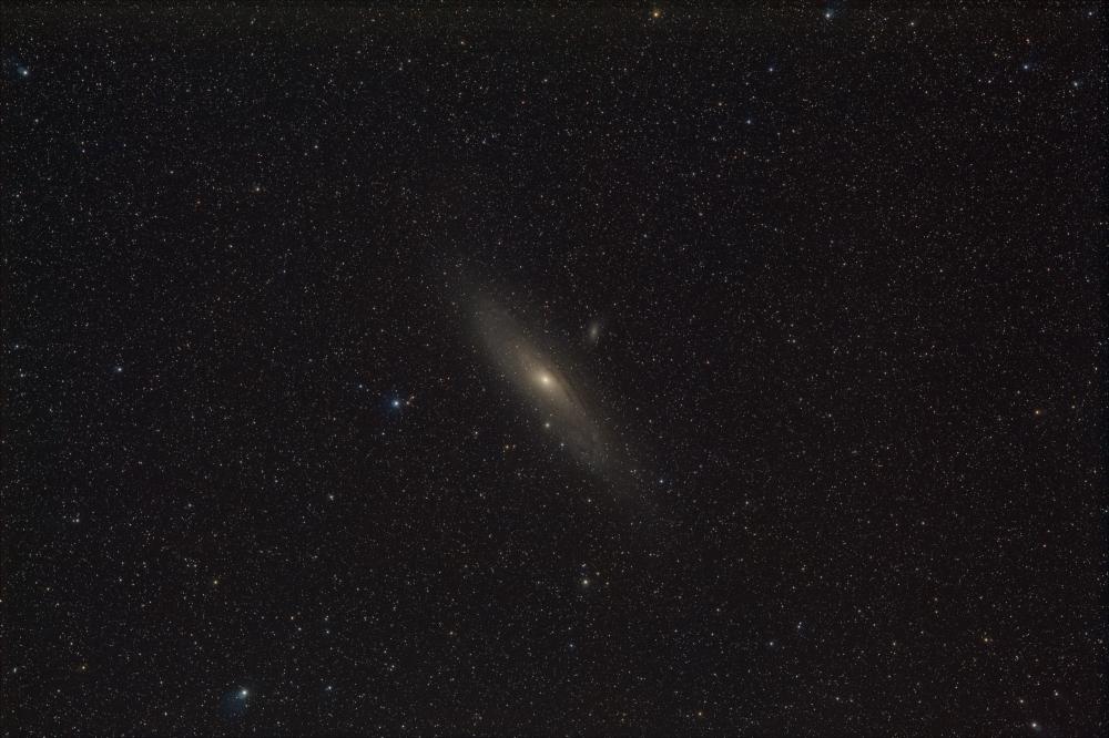 M31-C4000D-iso800-135mm-f5-130x120s-stretched-jasny-LRGB.thumb.jpg.8bd4796ad4218f33b3598ce061dfa6b5.jpg